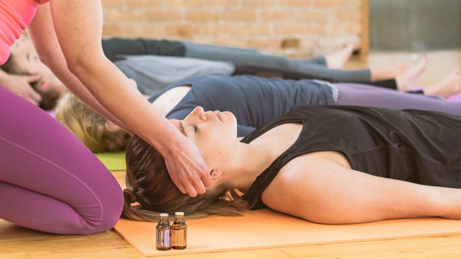 Yoga com Óleos Essenciais B-Zen