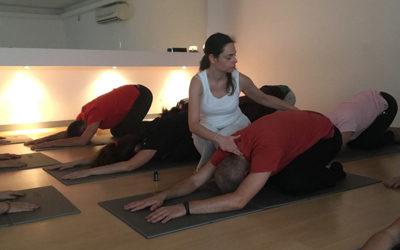 Yoga com Óleos Essenciais da B-Zen